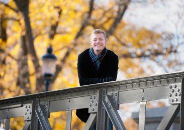 Stockholms universitet: Elis, doktorand kemi, porträtt utbildningskatalog